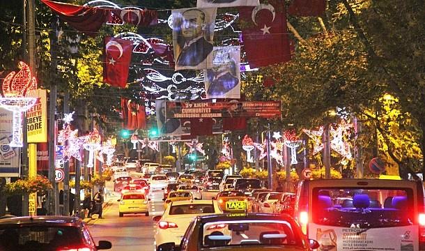 Bir cazibe merkezi, Bağdat Caddesi :  Alışveriş, Cafe , Restaurant , Kültür , Sanat