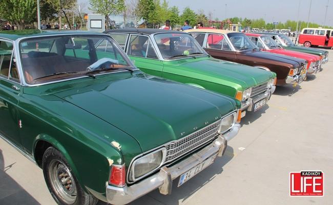 Klasik Ford sahipleri sahile indi